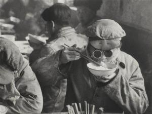 Cantine Chinoise - Marc Riboud -1957